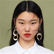 (51737) geometry Round exaggerating Metal gold earrings woman occidental style long style earring