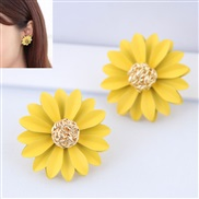 occidental style fashion Metal chrysanthemum temperament ear stud