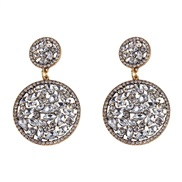 ( white) retro palace wind Pomegranate more earrings  trend retro