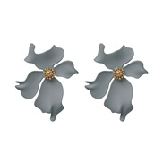 UR new flower earrings occidental style ear stud personality woman color