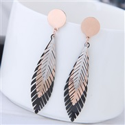 Korean style fashion T concise three color leaves temperament ear stud