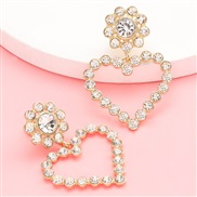 ( white)occidental style exaggerating temperament Rhinestone diamond heart-shaped earrings woman trend Earringearrings