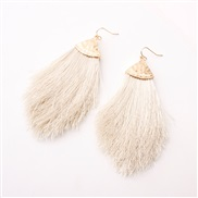 (Rice white )occidental style earrings Alloy head tassel spring color woman style earring new