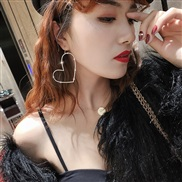 ( Gold)occidental style exaggerating fully-jewelled hollow love earrings woman Korea fashion temperament earring persona