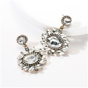 ( white)occidental style exaggerating multilayer Round flowers diamond Acrylic fully-jewelled earrings woman retro Bohem