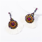 ( white) occidental style multilayer Acrylic diamond Round flowers tassel earrings woman retro temperament Bohemian styl