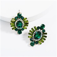 ( green)ins Street Snap exaggerating Acrylic diamond geometry super fully-jewelled earrings woman occidental style tempe
