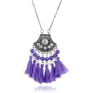 (purple) retro neckla...