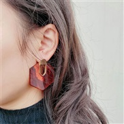 ( red)Koreains retro exaggerating wind transparent pattern resin Oval hollow earrings  ear stud