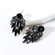 ( black)fashion temperament Acrylic diamond fully-jewelled occidental style earrings exaggerating trend ear stud Bohemia