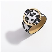 (A leopard printblack and white)trend cortex bangle  snakeskin leopard velvet Imitation leather leather
