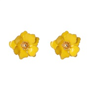 ( yellow)brief samll ear stud enamel petal Pearl ear stud occidental style flowers earrings