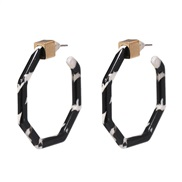 ( Black  white)resin Acrylic plates gold Alloy buckle earrings earrings
