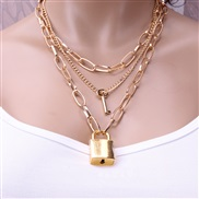( necklace  Gold)occi...