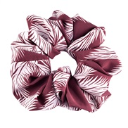 ( Red wine)occidental style big circle circle big leaf print wealthy Cloth lady head rope