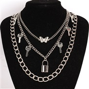 samll diamond butterfly necklace woman  brief all-Purpose key pendant clavicle chain multilayer necklace set