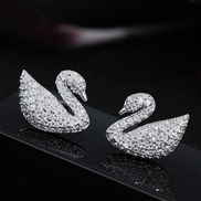 Korean style fashion conciseOL embed Zirconium swan personality woman ear stud