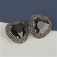 ( black)occidental style exaggerating Alloy diamond heart-shaped glass diamond earrings woman super fully-jewelled tempe