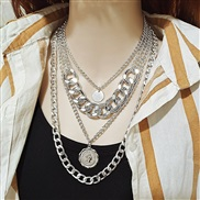 ( Silver necklace)occ...