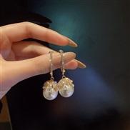 ( Silver needle  white)silver zircon Pearl earrings retro earring Korea big fashion temperament Earring
