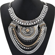 European and American fashion trends temperament exaggerated metal chain necklace wild