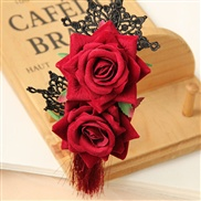 Catwalk models in Europe and America retro red roses lace headbands headband Gothic romantic Su