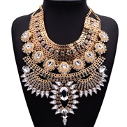 The big European and American fashion exaggerated necklace