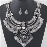 occidental style  Metal trend concise exaggerating temperament collar necklace  earrings