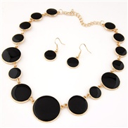 European and American fashion hit the color compact size metal disk temperament wild exaggeration Necklace Earrings Set