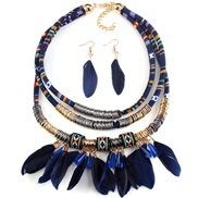 occidental style exaggerating necklace  fashion fashion feather tassel necklace trend