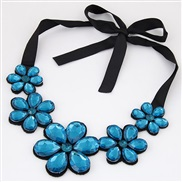 occidental style trend  all-Purpose Ladies temperament gem flowers gem temperament short style necklace