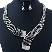 occidental style  personality geometry short style hollow diamond necklace  clavicle chain