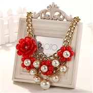 Rose pearl necklace chain clavicle European and American fashion personality exaggerated