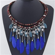 occidental style  trend  wind concise vertical feather flowers all-Purpose temperament necklace