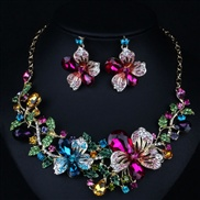 woman occidental style exaggerating crystal flowers ear stud clavicle high-end luxurious set necklace