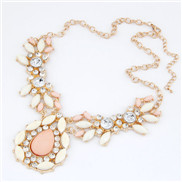 European and American metal droplets temperament exaggerated luxury pink gem necklace short paragraph