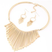 occidental style  trend Metal exaggerating fashion temperament Collar necklace  earrings  set