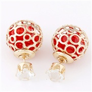 Peppers same paragraph : European style metal beads sparkling personality and temperament wild earrings
