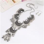 occidental style necklace  retro gem drop carving hollow necklace set