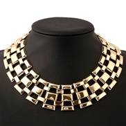 occidental style exaggerating Collar  short style woman Metal textured necklace circle short style clavicle chain